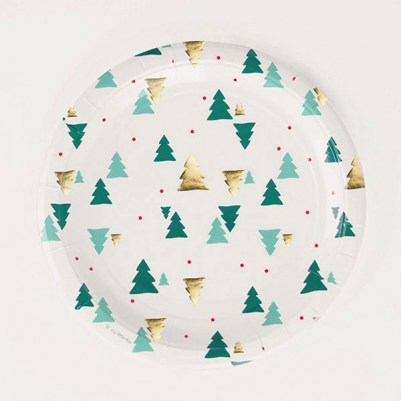 paper-plate-foil-christmas-tree